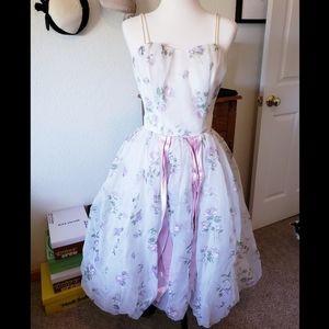 Vintage 1950's white and purple cupcake dress